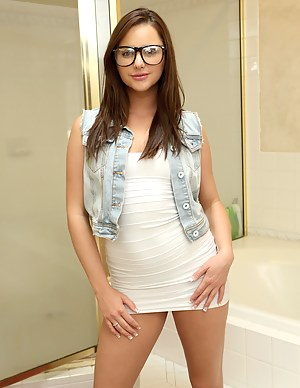 Girls Glasses Porn Pictures