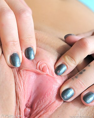 Girls Clit Porn Pictures