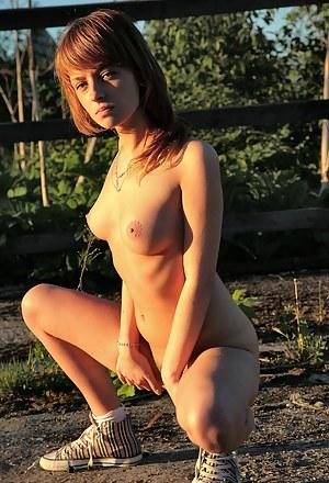 Farm Girls Porn Pictures